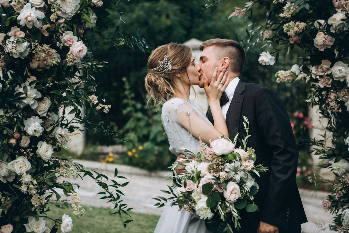 Wedding celebrant marriage celebrant